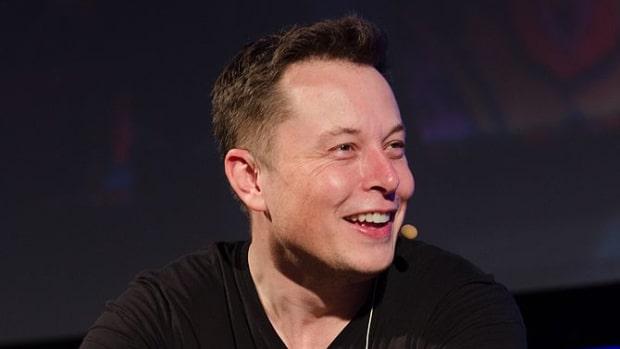 By Heisenberg Media (Flickr: Elon Musk - The Summit 2013) [CC BY 2.0], via Wikimedia Commons