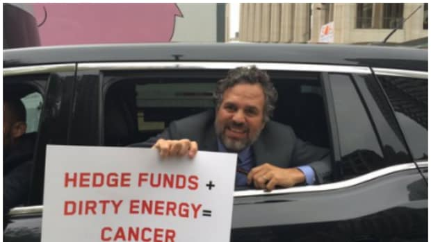 MarkRuffalo.HedgeFunds.Cancer