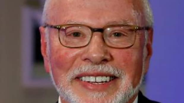 The only known photo of Paul Singer smiling, taken shortly after he finished reading the Panama Papers.