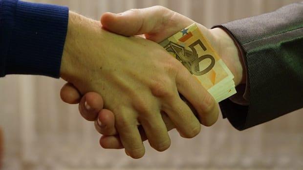 bribery3