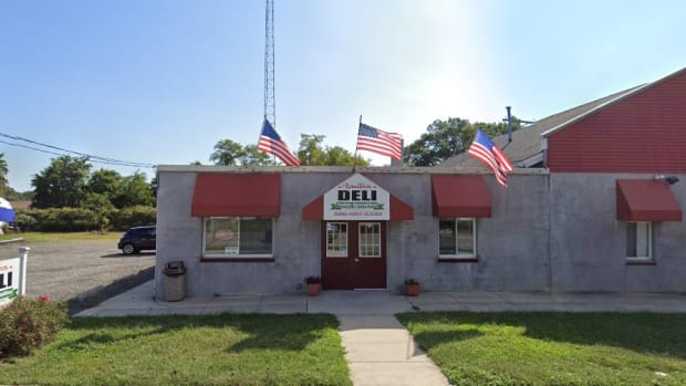 hometown deli