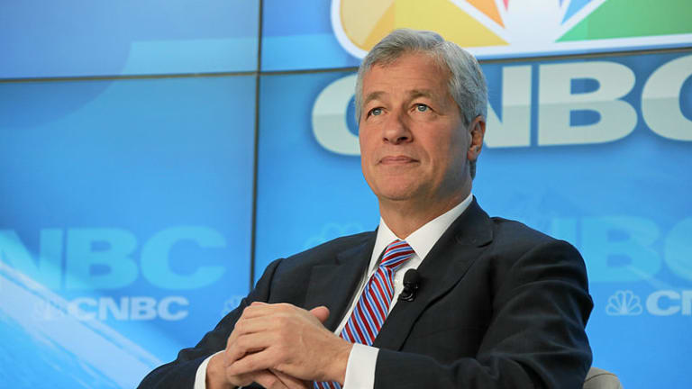 Jamie Dimon Texts CNBC Anchor To Tell Kevin O'Leary That He Would Be Wise To Put His JPM Analysis Where The Sun Don't Shine