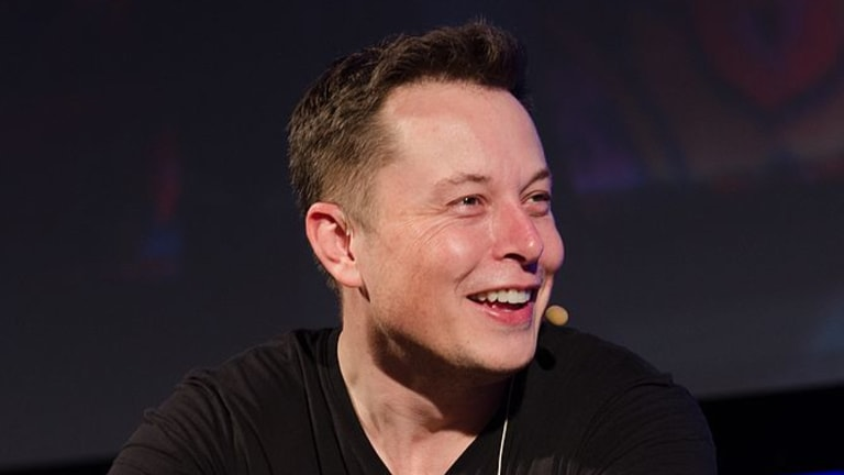 Elon Musk Maybe Doesn't Understand Words That Begin With 'P'