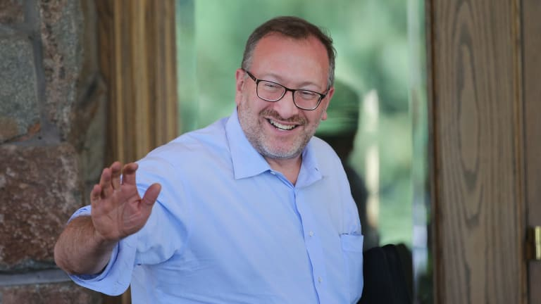 David Shaw, Seth Klarman Give Clients Something To Do During Global Pandemic, Quarantine