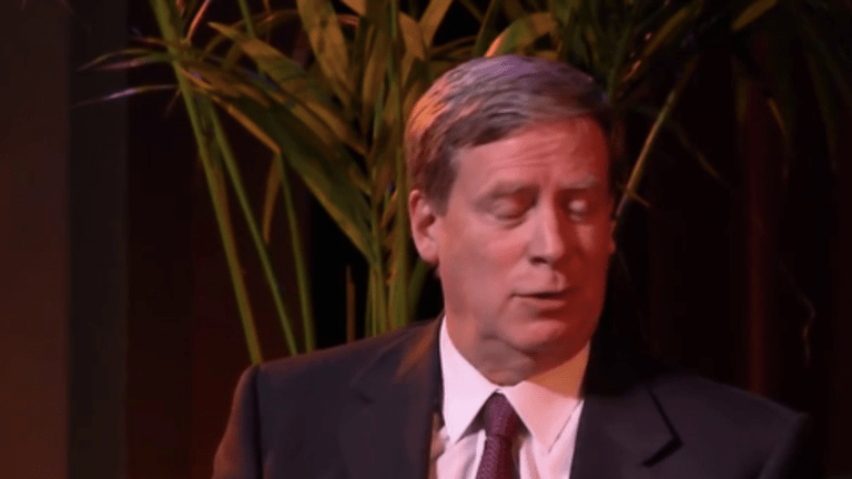 Stanley Druckenmiller Reads Trump's Tweets, Takes Ball, Goes Home