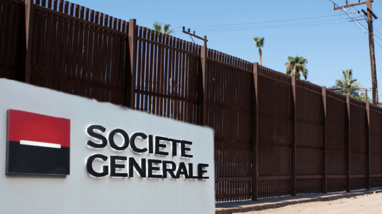 Donald Trump Decides That, Actually, Société Générale Is Gonna Pay For His Wall